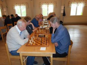 Lars Grahn v Manne Sandström